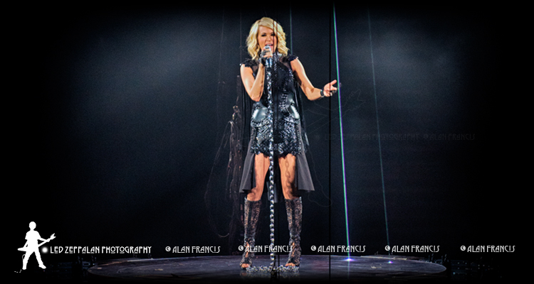 header-carrieunderwood-reschcenter-greenbay-wi-20160505-alanfrancis