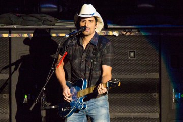 Header-BradPaisley-WYCDHoedown-DTEEnergyMusicTheatre-Clarkston-MI-20160731-JohnReasoner