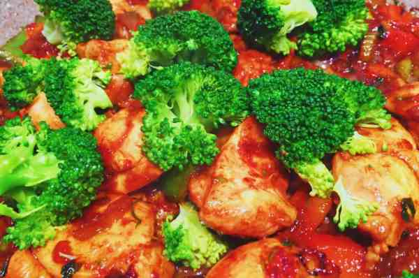 Add the broccoli to the Chinese chicken fried rice base