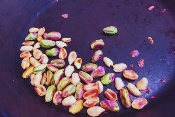 Roasted peanuts and cashew nuts for fried plantain nationaldish