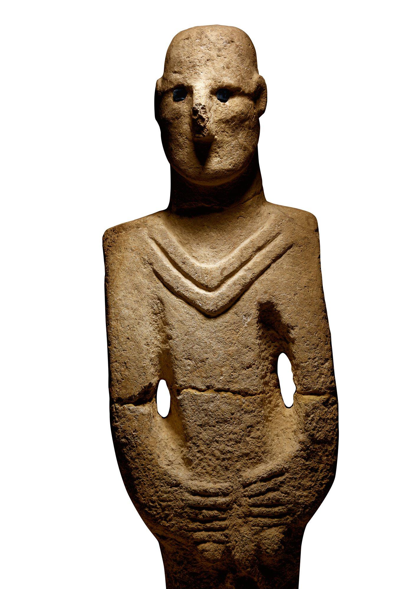 Representación humana en piedra localizada cerca de Göbekli Tepe.