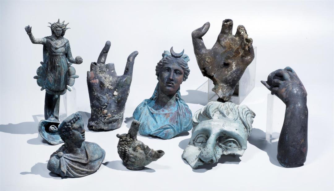 Colección de piezas de bronce
