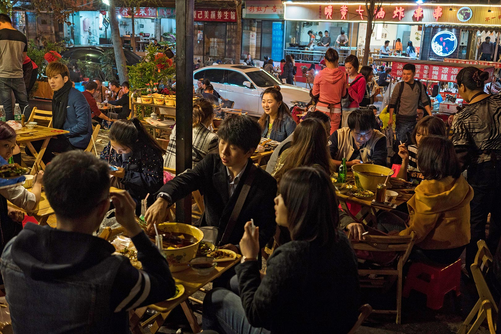 Picture of people dining at a local restaurant, Chengdu, China
