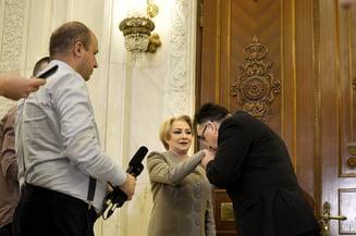Jocuri de culise in politica din Romania. Dancila NU RENUNTA! Sunt negocieri la sange