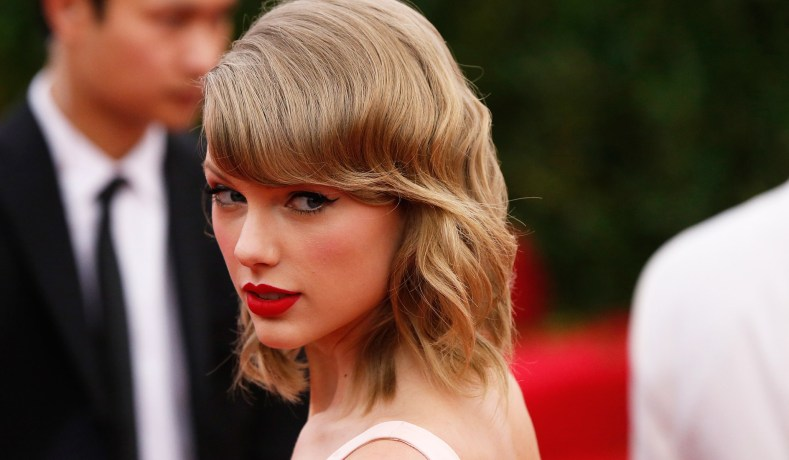2980f23d Taylor Swift & Feminism: Why Liberals Attack The Apolitical Star ...