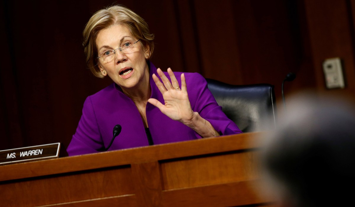 Elizabeth Warren's Corporate Reform Bill Is a Terribly-Written Mess | National Review