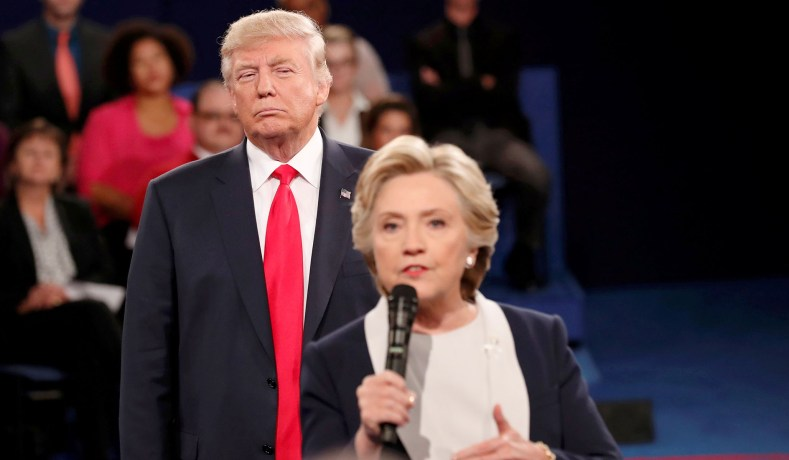 ... answers a question from the audience during their presidential town  hall debate at Washington University in St. Louis, Mo., October 9, 2016. ( Rick ... 62ede761f5