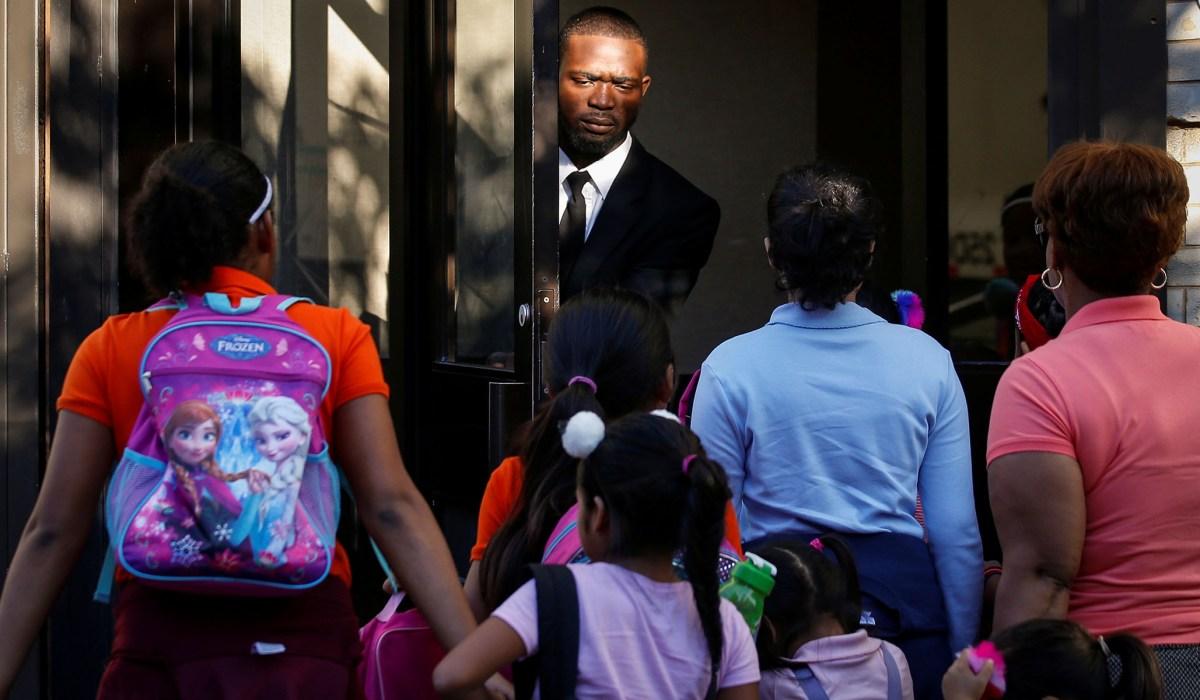 photo image Fixing the U.S. Asylum System
