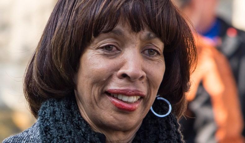 FBI Raids Baltimore Mayor's City Hall Offices, Home Amid Corruption Probe