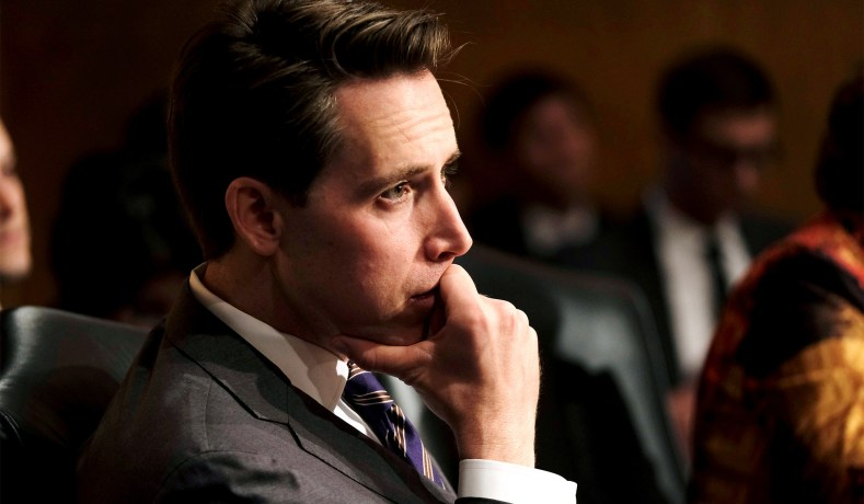 Josh Hawley's Internet Censorship Bill Is an Unwise, Unconstitutional Mess