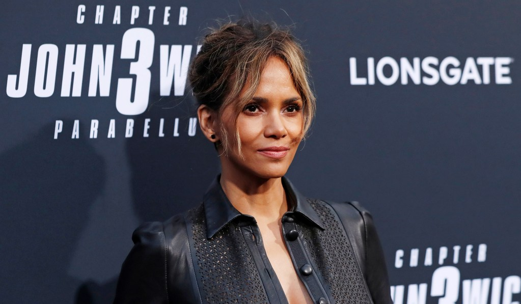 The Mob Comes for Halle Berry — and Wins
