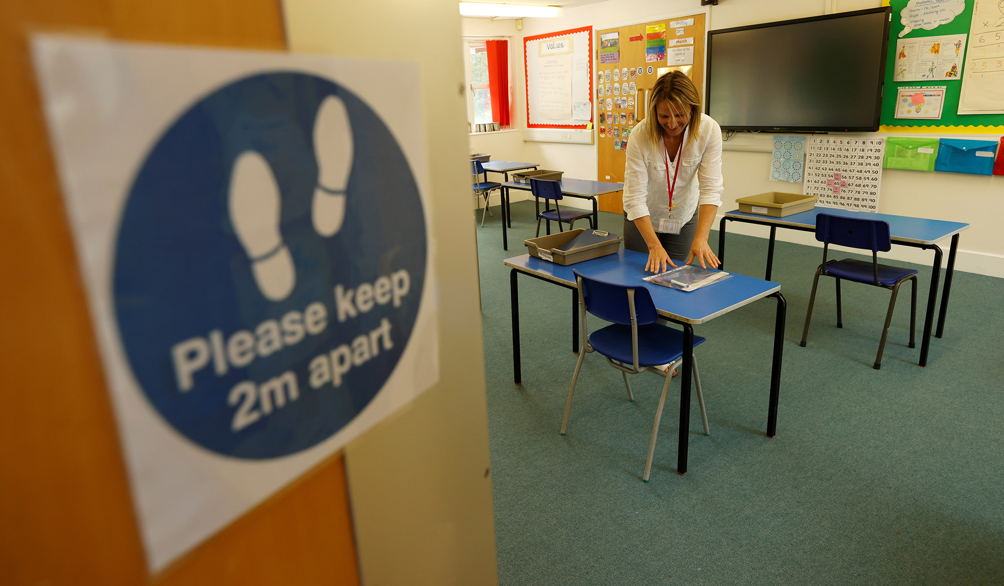 National Teachers Union Backs 'Safety Strikes' in Cases of Lax Coronavirus Prevention thumbnail