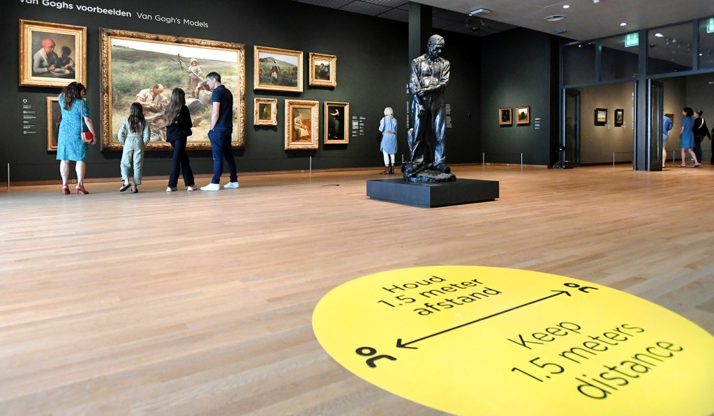 Museums Stay Closed but Still Pay Salaries