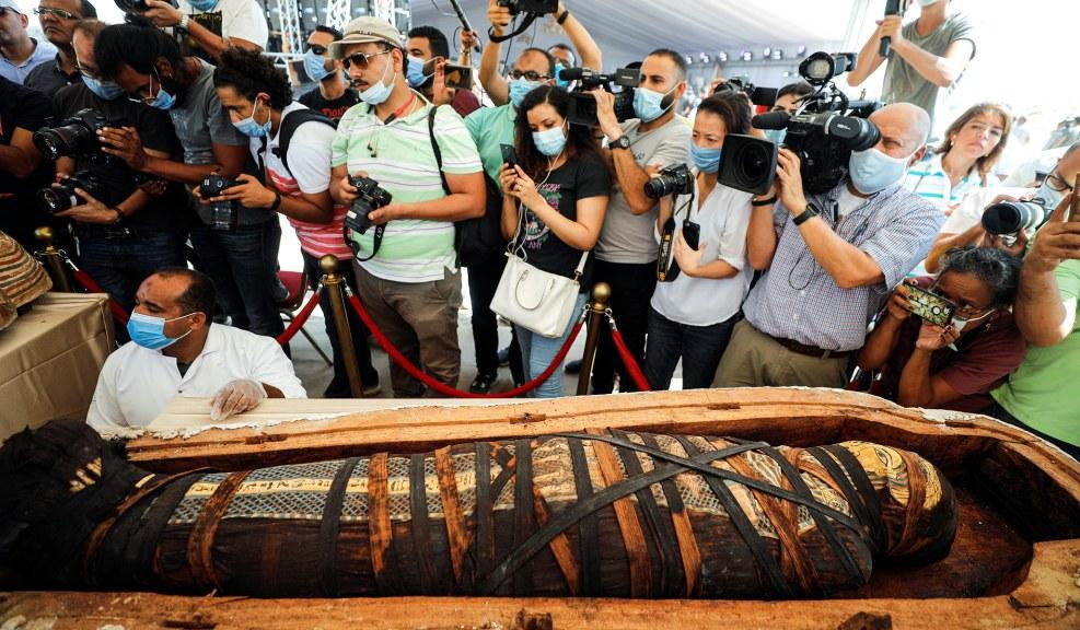 egypt-sarcophagus-15