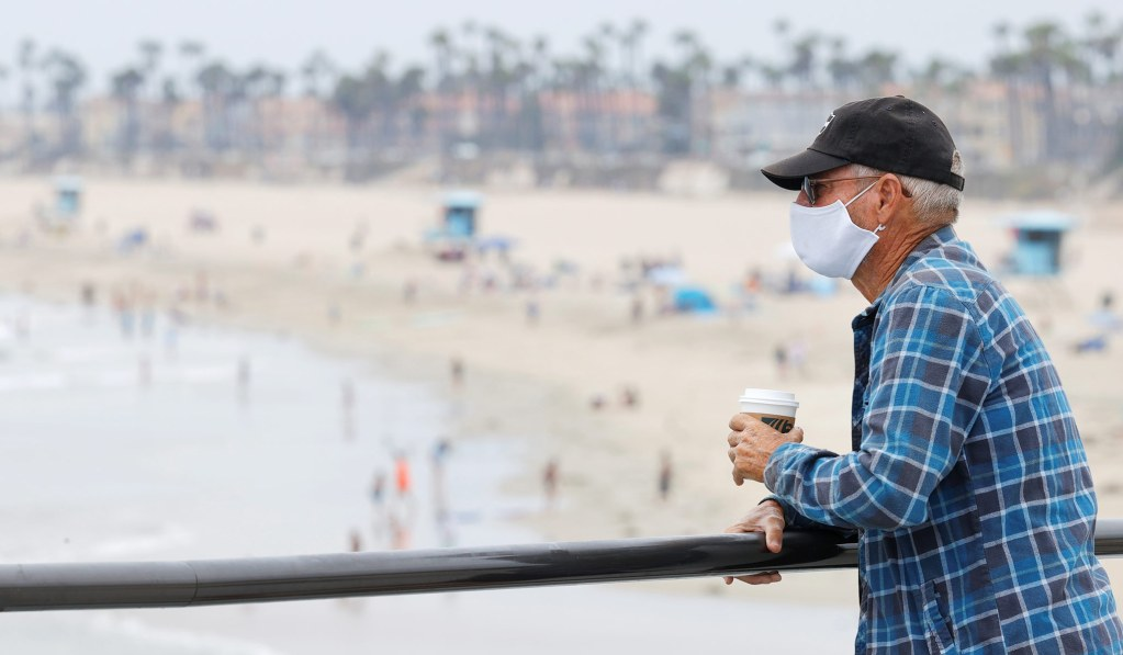 California Governor Issues Curfew as Coronavirus Surges in State thumbnail