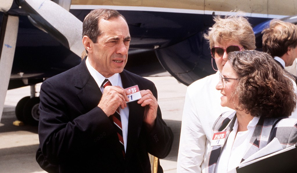 Mario Cuomo, Lauded Speech-Giver, and Governor in His Spare Time thumbnail
