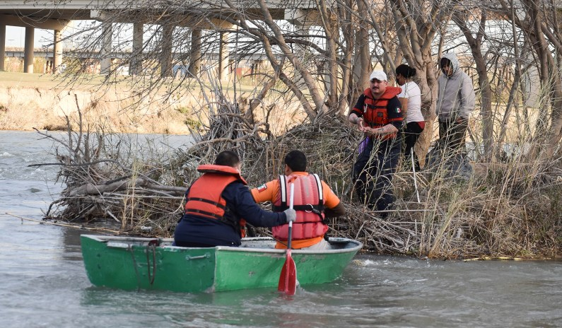 Number of Migrant Families Arriving from Mexico Hits Pre-Pandemic Levels