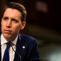 Hawley Defends His Fist Pump to Protesters before the Capitol Riot