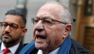 Alan Dershowitz Claims Giuliani Raid Was Political Revenge, Likens U.S. to 'Banana Republic'