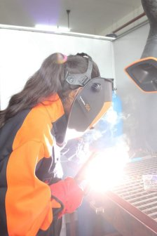 women welders at Kemppi competitions