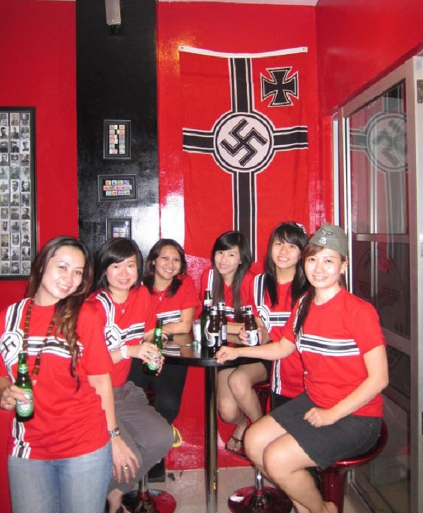 https://i2.wp.com/www.nationalturk.com/en/wp-content/uploads/2013/07/Nazi-Cafe-Indonesia.jpg