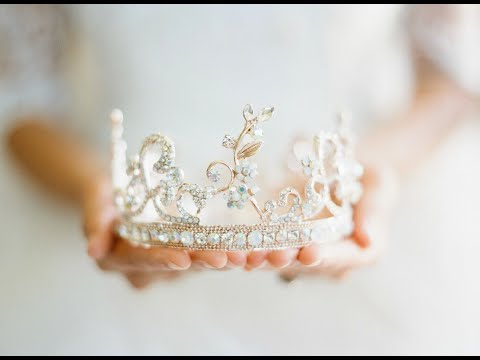 The Fairytale of the Crown