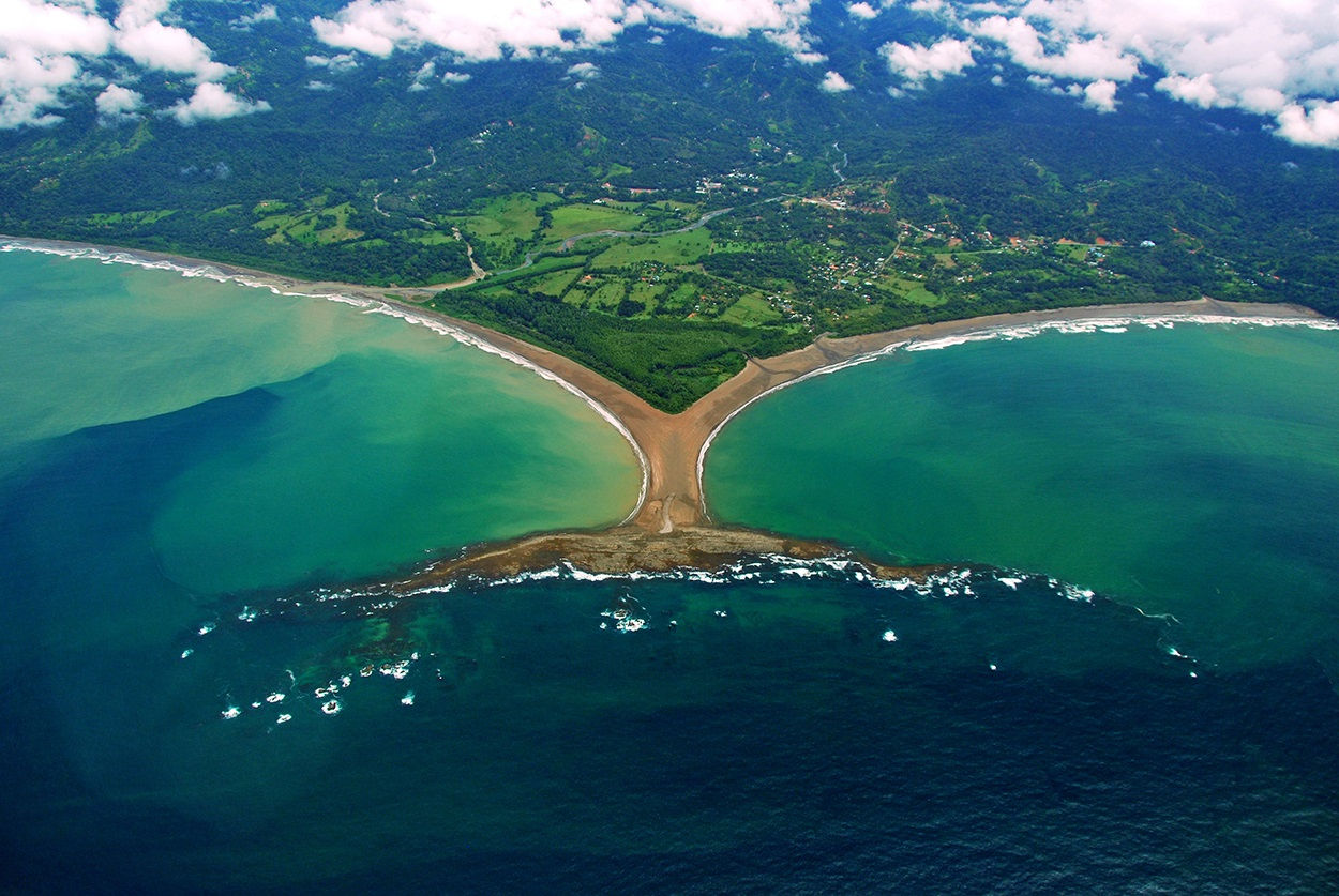 Costa Rica To Become First Country In World That S Both Plastic And Carbon Free Nationofchange