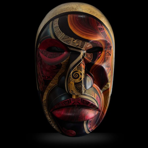 Masque en bois sud-américain