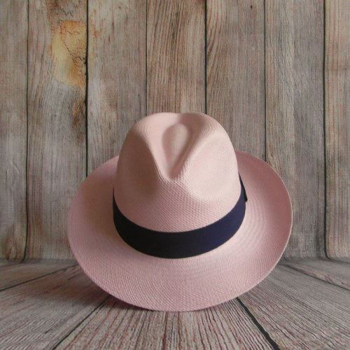 Chapeau Panama rose