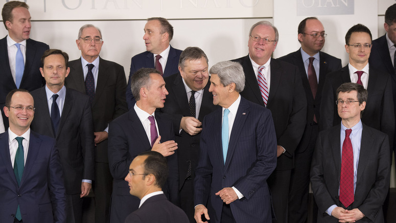 Centre left to right: NATO Secretary General Jens Stoltenberg talking with Evangelos Venizelos (Minister of Foreign Affairs, Greece) and John F.Kerry (US Secretary of State)