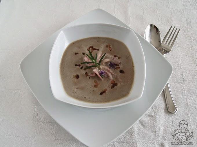Crema di lenticchie profumate al rosmarino con calamaro