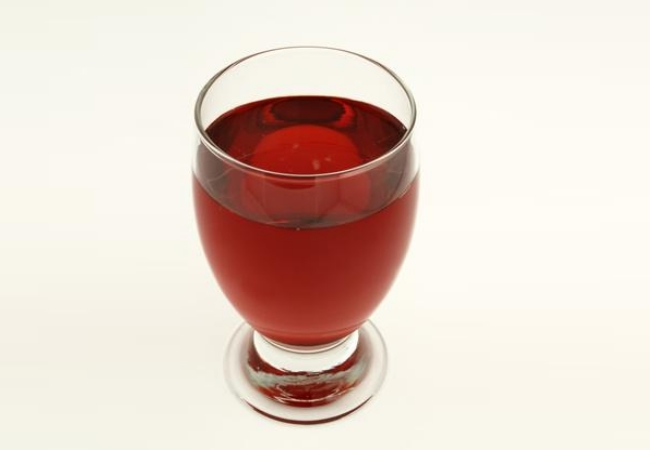 Water and cranberry