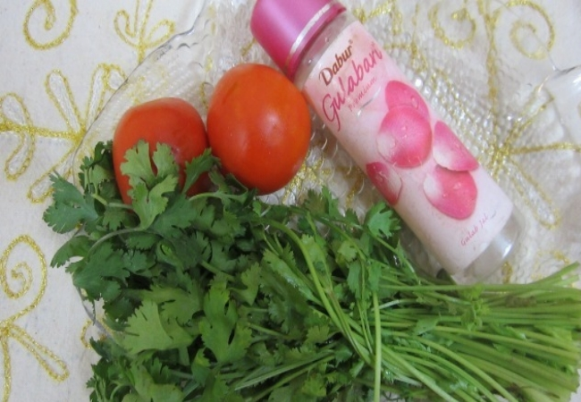 Rose Water And Tomato Juice