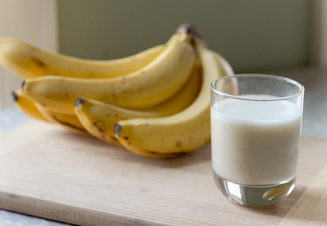 Banana And Hot Milk