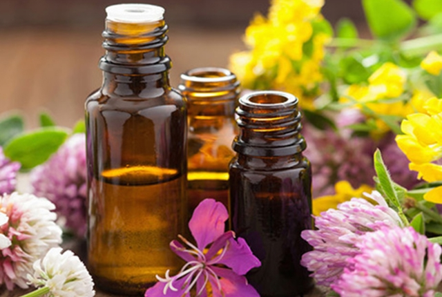 Essential Oil And Peppermint Oil Massage