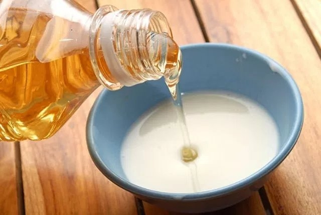 Honey, Sugar And Raw Milk