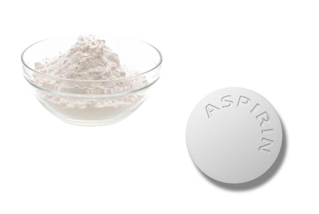 Baking Soda With Aspirin Tablet