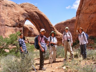 NABS members approaching Broken Bow Arch.