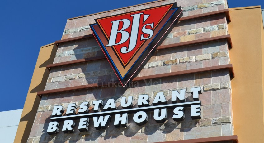 """BJ's Restaurant"" ""Brewhouse"" ""Los Angeles"" ""Travel"""
