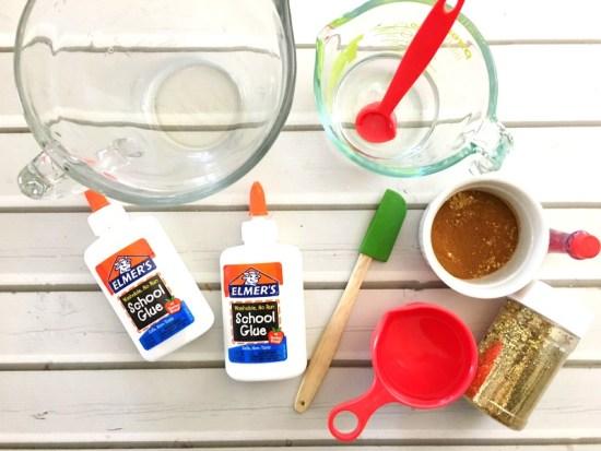 How to Make Super Jiggly Slime, Cinnamon Apple Scented Slime, Slime recipe, Jiggly Slime recipes, Fall sensory play, Apple theme, Borax Slime, Cinnamon