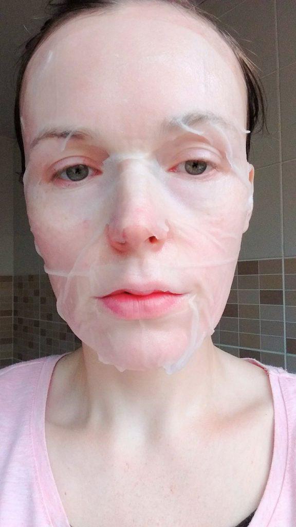 The Jayjun Collagen Skin Fit Mask on