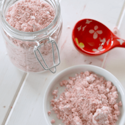 Try This: Make Fizzy Bath Salts from Crumbled Bath Bombs or Fizzies