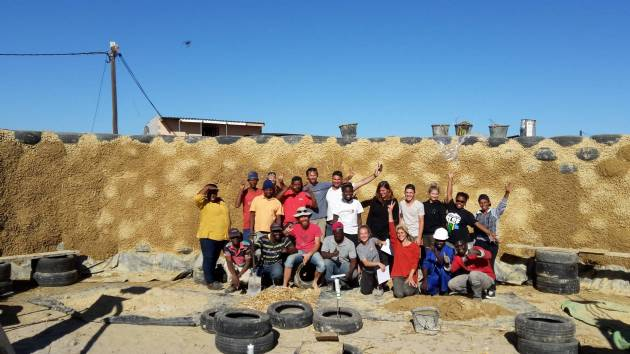 Natural building collective-Sustainable building course group photo