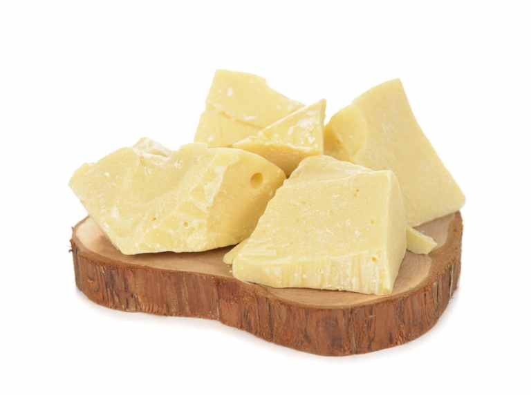11 Amazing Health Benefits of Cocoa Butter