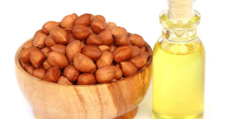 11 Amazing Health Benefits of Peanut Oil