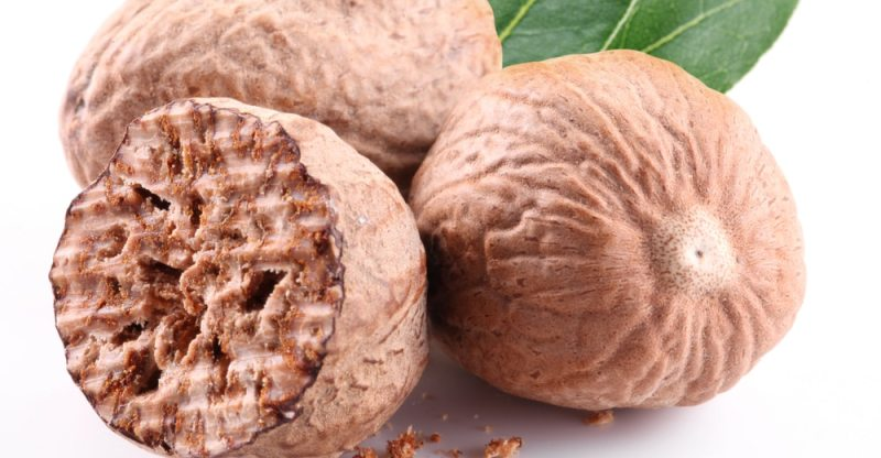 13 Amazing Health Benefits of Nutmeg