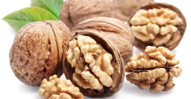 11 Amazing Health Benefits Of Walnuts