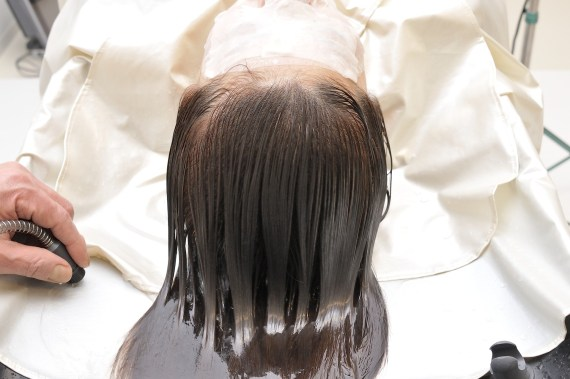 How To Get Rid Of Itchy Scalp Without Washing Your Hair
