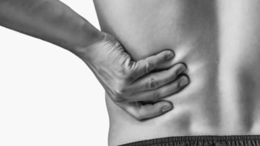 pain under left rib cage after drinking