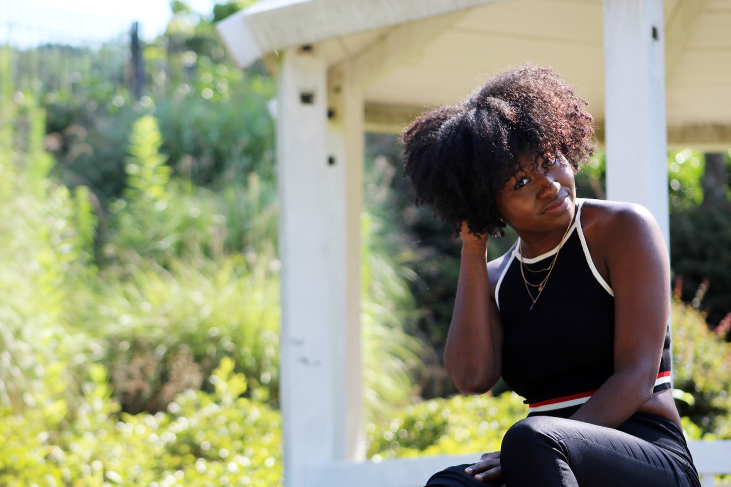 How To Keep Natural Hair When Everyone In Your Circle Is Relaxed